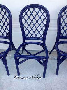 paint rattan furniture this great saturated blue...awesome!