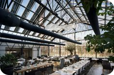 Mac: This is by far our favorite restaurant in #Amsterdam. All their food is grown in the greenhouse around you: http://www.citylemon.com/uiteten/amsterdam/restaurants/restaurant-de-kas/ #tip
