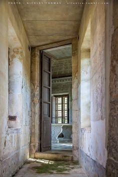 Hameau de la Reine (The Queen's Hamlet), The Laiterie (Creamery), Versailles - Before Restoration