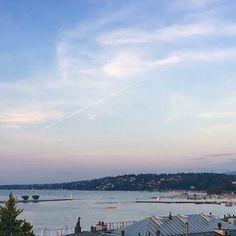 "Geneva and its Lake | View on the ""rade de Genève""  #geneva #ttot #visitgeneva #geneve#swissriviera #switzerland #geneva #bainsdespaquis #citybreak#switzerland #lacdegeneve #lac #riviera #luxurytravel #lakegeneva #lacleman#genevalake  #hotelview#peace #view #genevacity #monument #lacleman #genevalake#hotelview #peace #view #phare#mountain #igersuisse #uno  #waterfountain #genevacity #phare #bfmgeneva #genevalive"