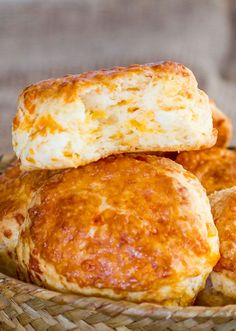 Cheddar Cheese Buttermilk Biscuits – delicious, tender, flaky and cheesy biscuits. These biscuits are super easy to make.