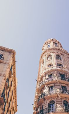 Read our complete guide and book the best Barcelona Pass that suits your needs. Save time & money, and enjoy Barcelona . City Aesthetic, Travel Aesthetic, Building Aesthetic, Aesthetic Backgrounds, Aesthetic Wallpapers, Places To Travel, Places To Go, Nature Architecture, Architecture Wallpaper