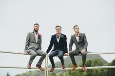 Groomsmen inspiration for Buzzy x Wedding Photography Styles, Wedding Styles, Fashion Photography, Wedding Blog, Wedding Gifts For Groomsmen, Groomsmen Suits, Getting Married In Australia, Modern Groom, Creative Grooming