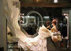 Marieaunet: Les robes de papier de Zoe Bradley