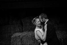 Creative documentary wedding photography for a back garden wedding. Creative, alternative and unique wedding photography. Wedding photography in London, Birmingham and across the UK. #alternativeweddingphotography #londonweddingphotographer #backgardenwedding