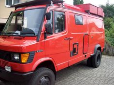 I own a 97 Mercedes RV The engine is an original, reliable but puny 100 hp. 4x4 Camper Van, Diy Camper Trailer, Camper Van Life, 4x4 Van, Mercedes Sprinter 4x4, Mercedes Camper, Mercedes Benz Vans, Ambulance, Patrol Y61