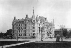 Das Weisse Schloss am General-Guisan-Quai, 1890. Cologne, Cathedral, Louvre, Building, Travel, Past, Archive, City, Photo Illustration