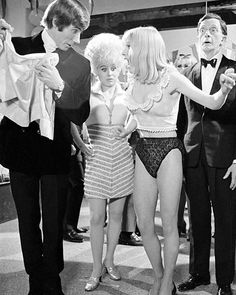 Jim Dale, Barbara Windsor, Elizabeth Knight and Charles Hawtrey in a production still from Carry On Again Doctor. British Comedy Films, Comedy Tv, British Actresses, 31 Film, Jim Dale, Kenneth Williams, Barbara Windsor, Sexy Older Women, Film Stills
