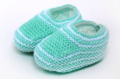 Knitting Patterns For Vegetables Knittin - Diy Crafts - DIY & Crafts Crochet Baby Boots, Knit Baby Booties, Knit Boots, Booties Crochet, Crochet Slippers, Bebe Baby, Baby Boy Shoes, Baby Sandals, Doll Shoes