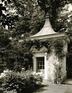 A garden folly at the estate of J. Ogden Armour in Lake Forest, Illinois by David Adler - The Foo Dog Ate My Homework