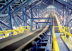 role of conveyor belt cleaning device