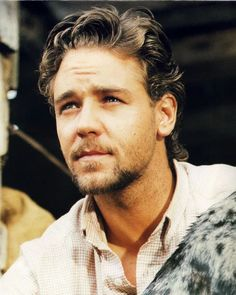 Russell Crowe from 'The Silver Brumby' Tim Roth, Eddie Redmayne, Colin Firth, Russell Crowe Gladiator, Gladiator Movie, Bear Men, Tom Hanks, Celebrity Hairstyles, Best Actor