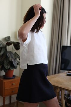 Simple Linen T-Shirt Tutorial | Fabrics-Store.com - The Thread