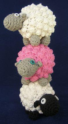Bobble Sheep - free crochet pattern ༺✿ƬⱤღ http://www.pinterest.com/teretegui/✿༻