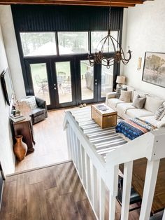 A Lakeside Cottage in Texas Has Lots of DIYs, Including a Stylish IKEA Hack