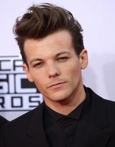 One Direction Girls ♥: One Direction (Fotos) Waterloo Road, Grupo One Direction, I Love One Direction, Five Guys, American Music Awards, Funny Face Photo, 5 Best Friends, X Factor, One Direction Louis Tomlinson