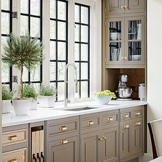 Facts On New Kitchen Renovation Ideas Kitchen Redo, New Kitchen, Kitchen Dining, Kitchen Ideas, Taupe Kitchen, Kitchen Corner, Kitchen Layout, Kitchen Colors, Kitchen Storage