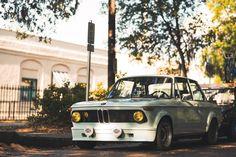 BMW 2002 - 7thcentru: Hunted Hunter BMW 2002