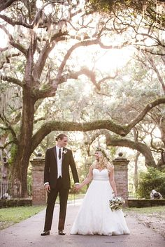 We just had this super romantic wedding at the Legare Waring House @teamlpv/legare-waring-house published in @TheWeddingRow Wedding coordination and design by jayme clinebell of @cafe_catering