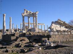 Древний Пергам - современный город Бергама