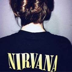gambar nirvana, grunge, and music Grunge Style, Grunge Hippie, Hip Hop, Band Merch, Material Girls, Grunge Fashion, Fashion Outfits, Womens Fashion, Dress To Impress