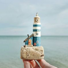 with a lighthouse ️ ❗ Busy. New Architectural Sculptures by David Moreno Appear As Three Dimensional Drawings Driftwood Sculpture, Driftwood Art, Beach Art, Beach Wood, Wooden Cottage, Wooden Houses, Driftwood Projects, Salvaged Wood, Beach Crafts