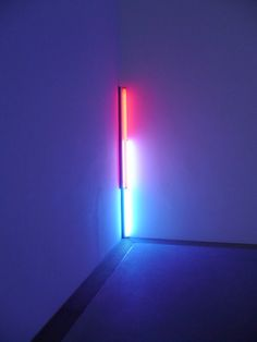 Blue and pink. - neon - ☮k☮ Neon Purple, Pink Blue, Blue Art, Pink Art, United Visual Artists, Art Is Dead, Fluorescent Light Covers, Dan Flavin, Light Project