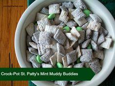 Crock-Pot St. Pattys Mint Muddy Buddies #Recipe #Crockpot