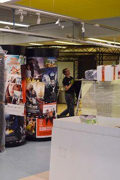 Movie World on suunniteltu ja toteutettu Techmaniassa. Reilun vuoden aikana näyttelyn näki noin 250 000 vierailijaa ja se oli erityisesti lasten suosiossa. Tiedekeskus Tietomaa, Luuppi, Oulu (Finland)