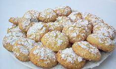 ghoriba extra fondante à la semoule fine et noix de coco - gateau_et_cuisine Fondant, Cereal, Coconut, Cookies, Breakfast, Biscuits Russes, Food, Muffins, Pie