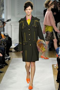 Moschino Cheap And Chic Fall 2012 Ready-to-Wear Fashion Show