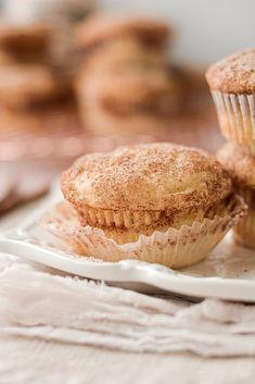 Snickerdoodle Muffins, Cinnamon Muffins, Baking Muffins, High Altitude Muffin Recipe, High Altitude Baking, Sweet Breakfast, Breakfast Ideas, Delicious Desserts, Dessert Recipes