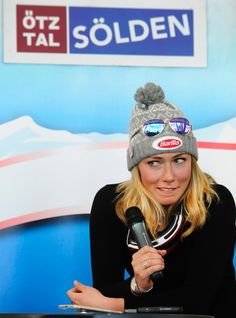 Adorable right?! Mikaela Shiffrin ❤️