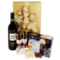 Order best gift hampers online, get quick delivery in Australia anytime. Send food, cheese, wine, gourmet and other traditional gift baskets online. Send Gift Basket, Food Gift Baskets, Food Hampers, Gift Hampers, Online Gift Shop, Online Gifts, Orange Gift Basket, Birthday Gift Delivery