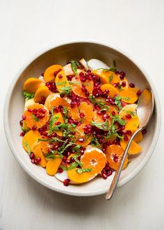 Vibrant Citrus + Pomegranate Winter Fruit Salad - A vibrant, pretty winter fruit salad loaded with citrus, crunchy Asian pears and sweet and juicy pomegranate. Fruit Salad Making, Fruit Salad Recipes, Veggie Recipes, Asian Recipes, Fruit Salads, Asian Foods, Healthy Recipes, Christmas Brunch Menu, Christmas Morning