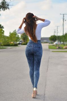 high waist ed jeans with long sleeve wh top