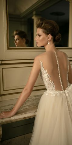 Breathtaking Low Back Wedding Dresses ❤ See more: http://www.weddingforward.com/low-back-wedding-dresses/ #weddings