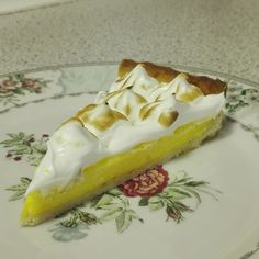The world& most delicious meringue pie with meringue! Sweets Cake, Cookie Desserts, Fruit Cakes, Pie Dessert, Dessert Recipes, Meringue Pie, Pastry Cake, Cakes And More, Tapas