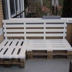 Garden:Wood Pallets Outdoor Furniture White Pallet Bench Outdoor Bench Ideas Diy Outdoor Bench Easy DIY Patio Furniture Projects You Should Already Start Planning Recycled Furniture, Furniture Projects, Furniture Plans, Wood Projects, Diy Furniture, Outdoor Furniture Sets, Building Furniture, Garden Furniture, Furniture Design