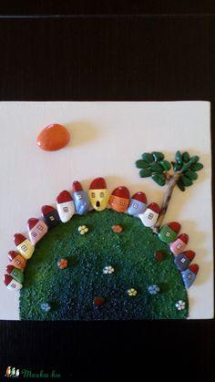 Kavicskép     , Képzőművészet, Otthon, lakberendezés, Vegyes technika, Falikép, Festészet, Festett tárgyak, Meska Leto, Pebble Art, Stone Painting, Painted Rocks, Diy And Crafts, Houses, Christian, Stones, Cement