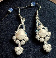 Beautiful earrings see matching necklace