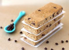 """""""Secretly healthy"""" choc-chip cookie dough protein bars! Low glycemic index and 19 grams of protein... Must make."""