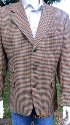 Dunn & co  mens tweed brown jacket pure new wool medium size woven in Scotland