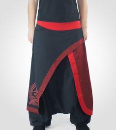 Pantalón afgano de algodón con sobrefalda con cintura y bajo elásticos.