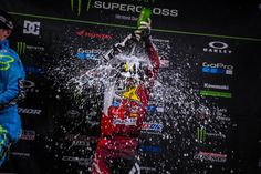Motor'n | Tomac Dominates in Toronto to Secure Fourth Win of Monster Energy Supercross Season
