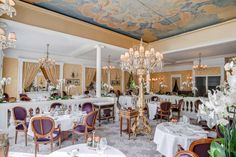 Lasserre Restaurant in Paris with their retractable  roof makes dinner great!
