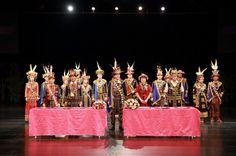 nice 南島族群婚禮3月登場 魯凱族傳統吸客   歷年來的南島族群婚禮已成為原鄉重要文&#... http://taiwanese.moe/archives/617742 Check more at http://taiwanese.moe/archives/617742