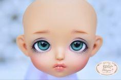::. 𝐂𝐮𝐬𝐭𝗼𝗺 𝐟𝐚𝐜𝐞-𝐮𝐩 .:: Lati yellow TS. www.nomyens.com #bjd #abjd #balljointdoll #dollofstargram #instadoll #dollstargram #toy #paint #painting #painted #repaint #handmade #nomyens #nomyensfaceup #latidoll #latiyellow #latiyellowdoll #lati #lati #tinydoll #tinydolls Star G, Tiny Dolls, Ball Jointed Dolls, Bjd, Yellow, Toys, Face, Handmade, Painting
