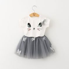 Scarlett needs this outfit in her life! ❤❤❤❤❤❤