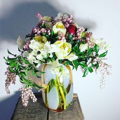Bouquet with tamarillos and sweet peas